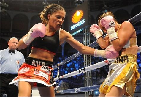Ava Knight (left) locked in hand-to-hand combat with Susana Vazquez