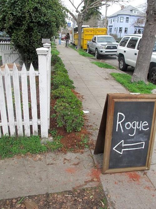 Rogue Cafe