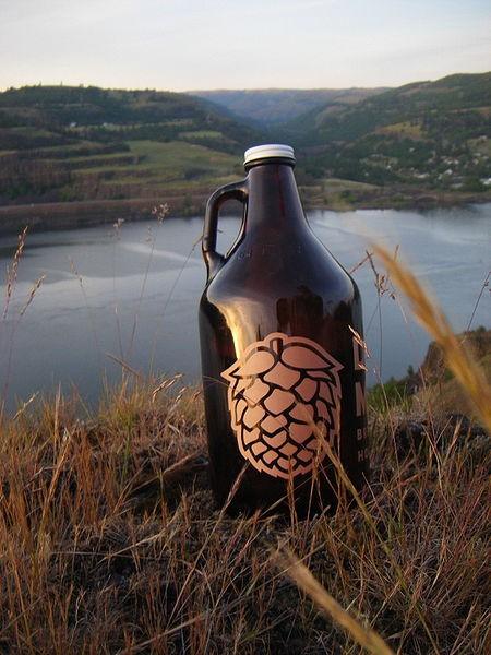 450px-Beer_growler.jpg