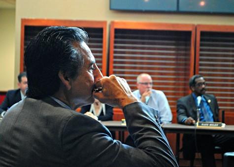 Councilmember Noel Gallo watches todays JPA meeting.