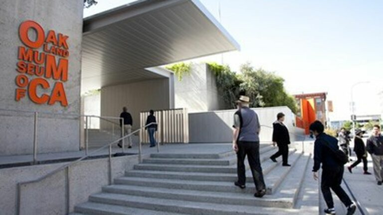 Finally, Off the Grid to Make Its Oakland Debut — at the Oakland Museum
