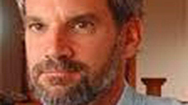 Ex-Berkeleyite Greg Mortenson Accused of Faking Three Cups of Tea