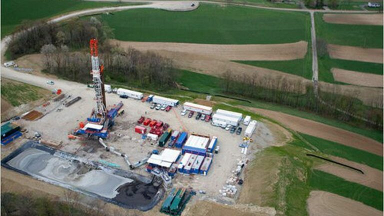 Legislators Who Voted Against Fracking Ban Pocketed Oil Industry Cash