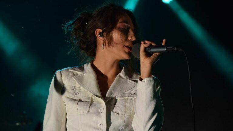 Tei Shi Delivers Dreamy Set at Noise Pop