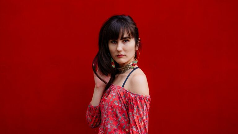 World Music Maestro Aya Safiya Makes Her Pop Debut
