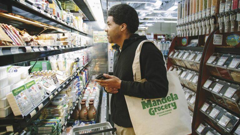 Mandela Grocery Marks  10 Years in West Oakland