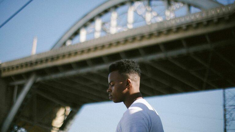 Elujay Creates Anthems for Oakland on His Long-Awaited Album, 'Jentrify'