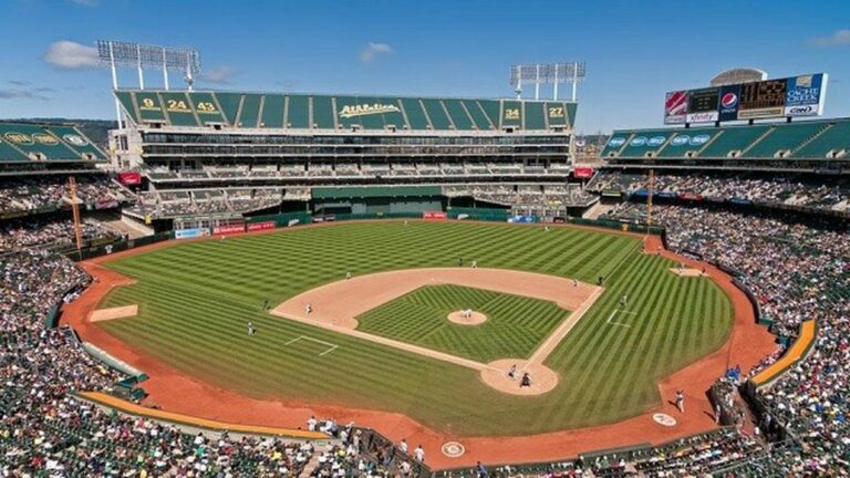 Oakland A's Shake Off Injuries, Buck Odds to join Playoff Hunt