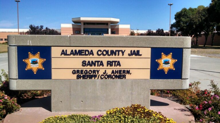 Thursday's Briefing: Potential covid-19 outbreak at Santa Rita Jail; DA finds fault with Alameda officers who arrested black man dancing in the street