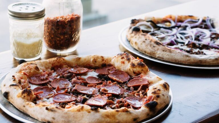 Bare Knuckle Pizza in Oakland is a New Destination for Vegan Pizza