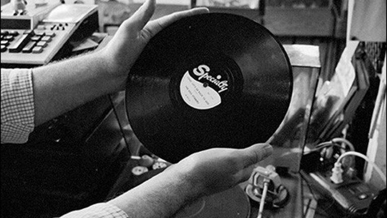 Vinyl's Vibrant Past